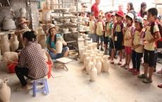 activities bat trang village