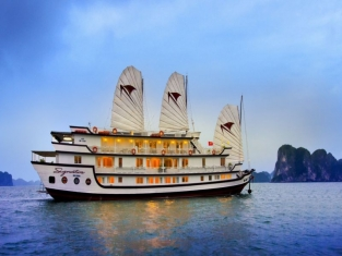 halong bay-luxury signature cruises-overview 1