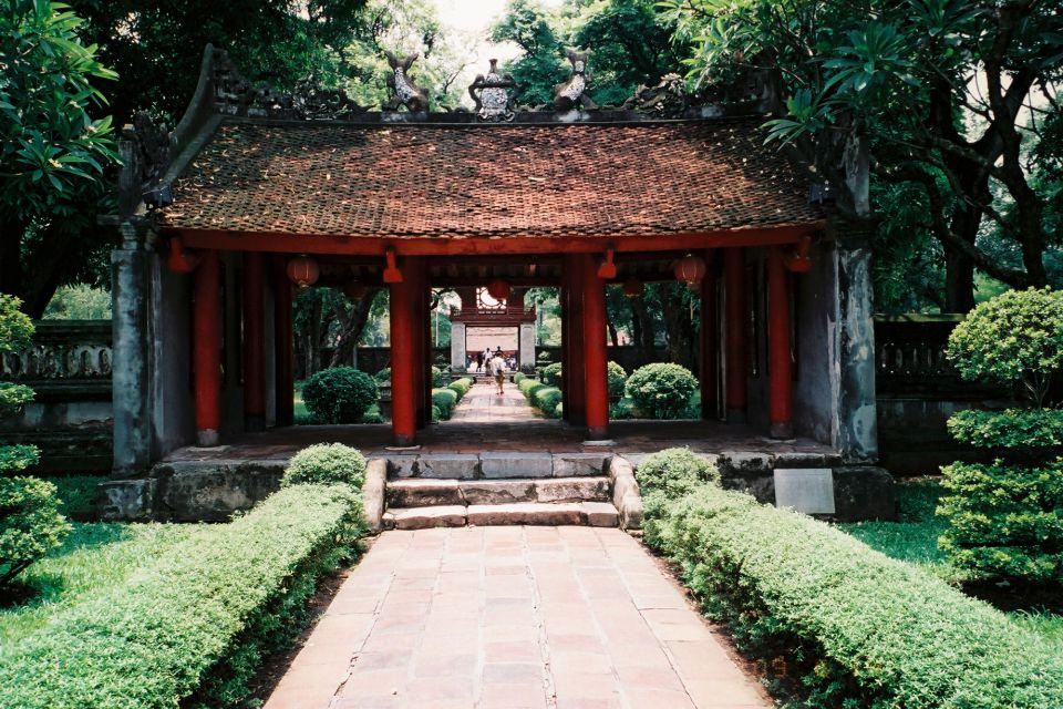 temple Literature