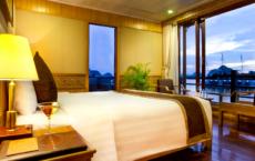 Royal Suite Ocean View Room