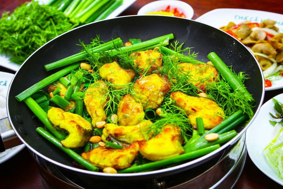 Cha ca la Vong - Hanoi street food
