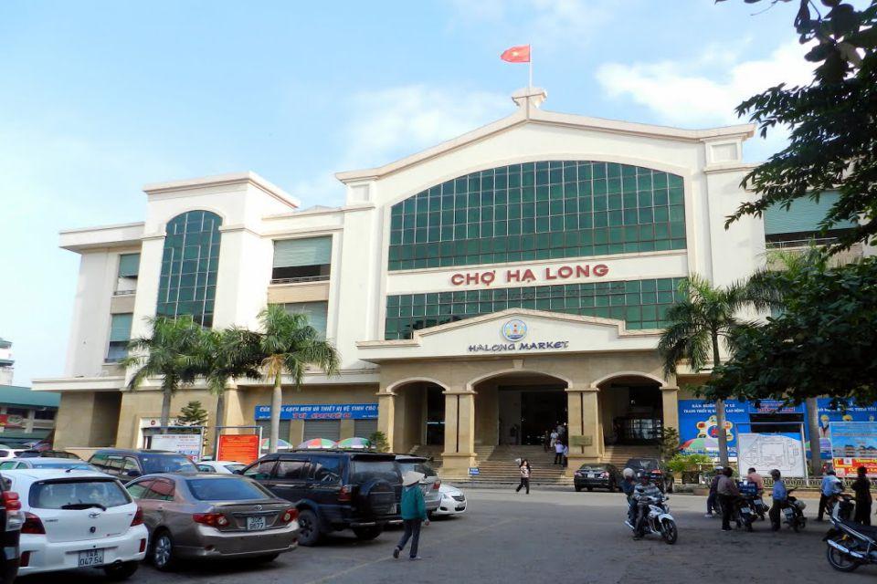 Halong market - halong bay cruise