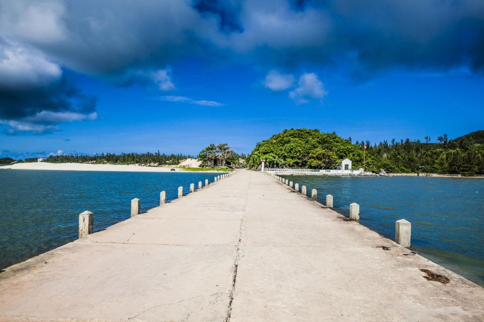 Quan Lan Island - Bai Tu Long Bay