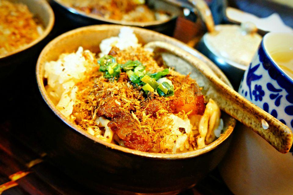 Xoi Xeo - Hanoi street Food