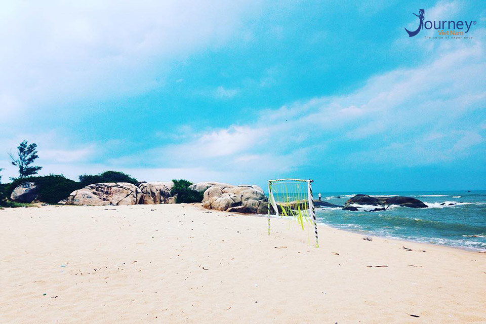 7 Most Beautiful Beaches For These Hot Summer Day - Journey Vietnam
