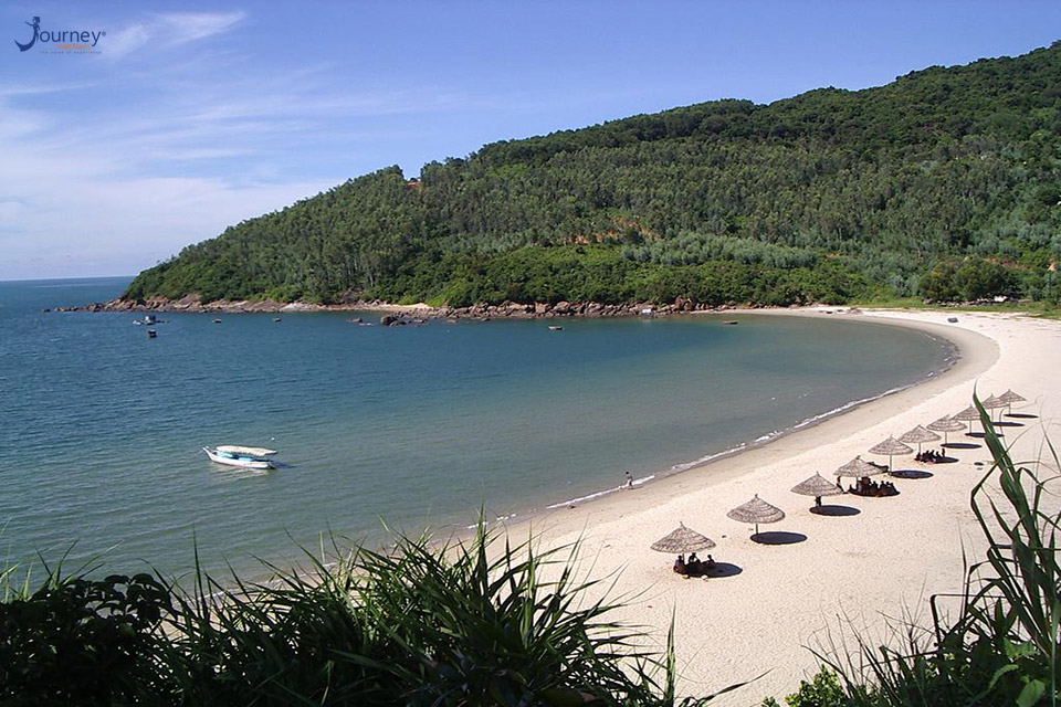 Have You Ever Dreamed To Have A Beautiful Beach Of Your Own - Journey Vietnam