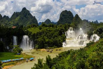 Ban Gioc Waterfall - Journey Vietnam
