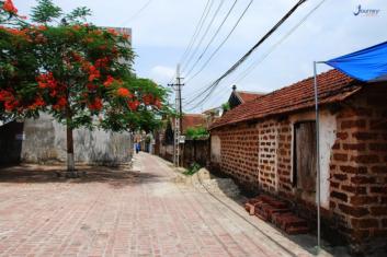 Duong Lam Ancient Village - Journey Vietnam