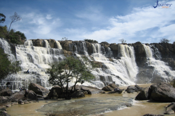 Bay Tang Waterfall - An Mysterious Land Of Nghe An - Journey Vietnam