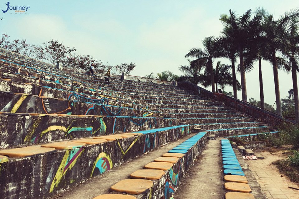 The Ghostly Beauty Of The Abandoned Park In Hue - Journey Vietnam