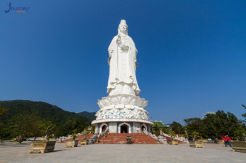Linh Ung Pagoda And The Largest Avalokitesvara Bodhisattva Statue Of Vietnam - Journey Vietnam
