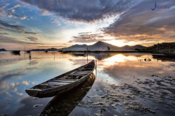 Tam Giang Lagoon - Southeast Asia's Largest Lagoon - Journey Vietnam