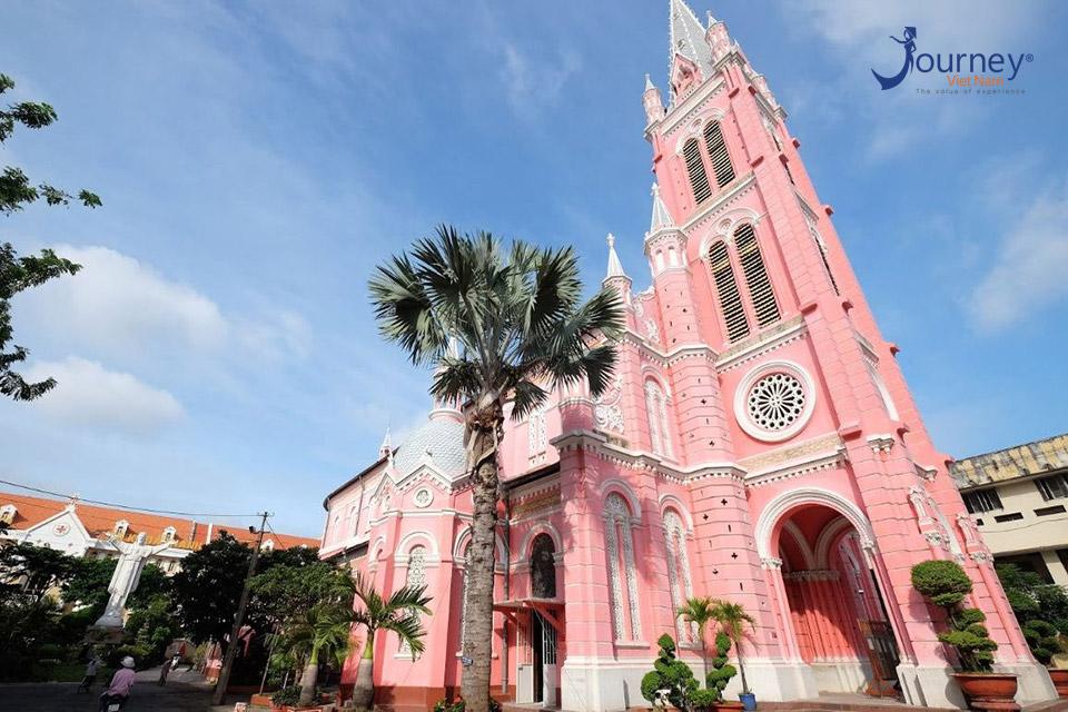 Tan Dinh Church – Attractive Pink Church In Sai Gon
