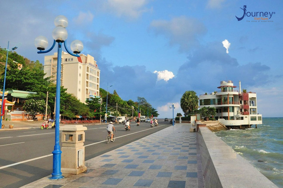 Four Amazing Destinations To Admire Vung Tau