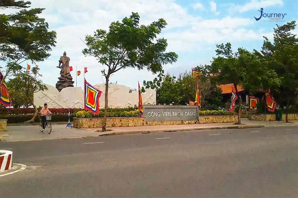 Nha Trang Destination - Bach Dang Park