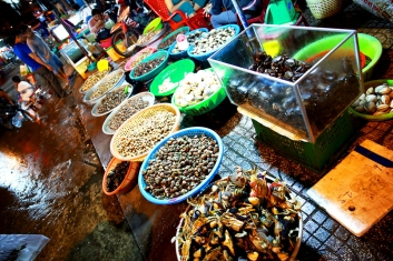 Ha Tien Night Market